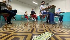 Secretaría de Educación de Ibagué pide a rectores de colegios públicos que no exijan uso de uniformes