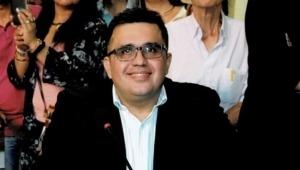 """Concejal Correa dice que el barretismo está sacando plata en """"tulas"""""""