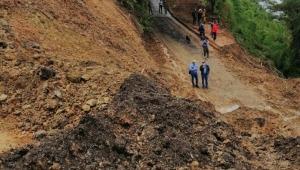Cerca de 10 deslizamientos tienen incomunicados a Herveo con el departamento de Caldas