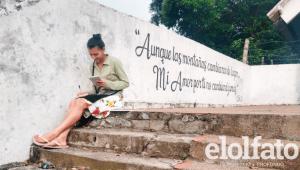 Estudiante de la UT que no tiene acceso a internet asiste a sus clases con el wifi de una iglesia católica