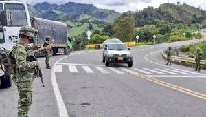 Más de 800 hombres del Ejército están en las vías del Tolima evitando bloqueos y previniendo desabastecimientos