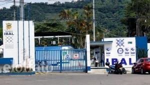 Constructores denuncian que en el Ibal están exigiendo medidores de una marca específica