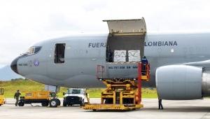 Llegaron a Colombia 2.5 millones de vacunas de Janssen contra el COVID-19