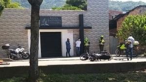 Infractor incinera su motocicleta para evitar que fuera inmovilizada por agentes de tránsito en Ibagué