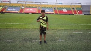 Alcaldía le cumplió el sueño a un niño de conocer el Estadio Manuel Murillo Toro