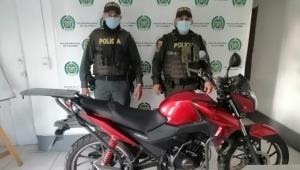 Policía recuperó en Ibagué dos vehículos y tres motos que habían sido hurtados en el país