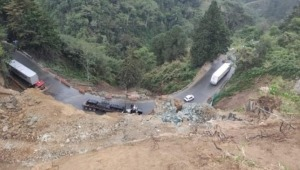 Se reestableció el paso vehicular en la vía Calarcá - Cajamarca