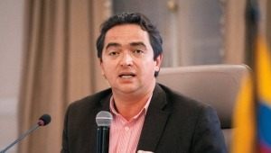 Ya no habrá IVA a los servicios públicos: viceministro de Hacienda