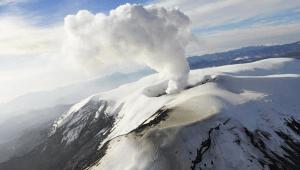 Sistema de alertas tempranas del volcán Nevado del Ruiz reporta fallas