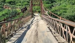 Ciudadanos de Alpujarra piden a la Gobernación del Tolima que intervenga el puente de