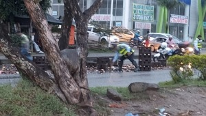 En plena Ley Seca cayeron alrededor de 30 canastas de cerveza de un camión en Ibagué