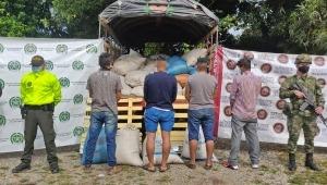 Quedaron libres cuatro hombres que habrían asaltado un camión que transportaba café