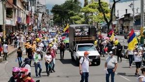 Ciudadanos asisten masivamente a manifestaciones de este miércoles 5 de mayo en Ibagué