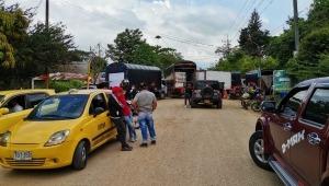 Las pericias de los campesinos para poder vender sus productos en medio de los bloqueos