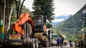 Cortolima entregó maquinaria a comunidad del Cañón del Combeima