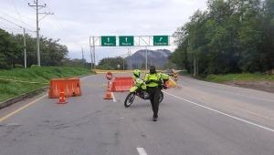Reportan cierres en dos vías del Tolima