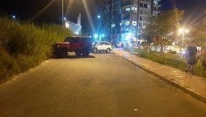 Por invadir carril contrario, un vehículo chocó contra otro en El Vergel