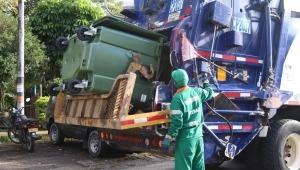 Instalaron 30 contenedores de basura en el Jordán 9ª Etapa de Ibagué