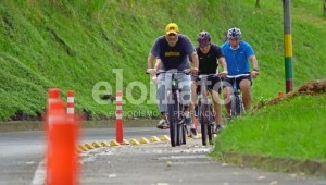 Gobierno Nacional explica estrategias para prevenir accidentalidad en ciclistas