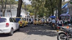 Sigue el caos vehicular y la ocupación del espacio público en el barrio Cádiz de Ibagué