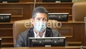 Ferro pide a Minsalud priorizar la vacunación de los docentes contra COVID-19