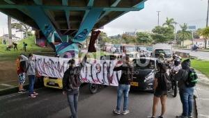 Estudiantes de la Universidad del Tolima adelantan bloqueos en la carrera Quinta