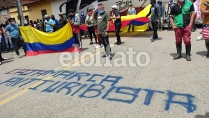 Transportadores cerraron la vía Ibagué – Cajamarca