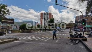 Jóvenes amenazaron a reportero gráfico en medio de las manifestaciones en Ibagué